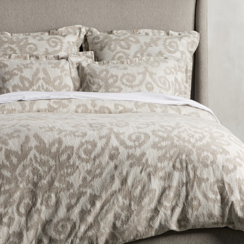 Caterina Bedding Collection