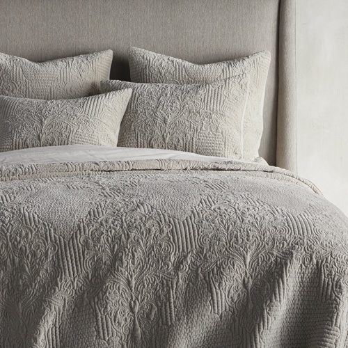 Gabrielle Velvet Quilted Bedding Collection