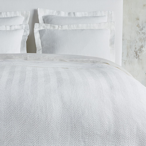 Alma Bedding Collection