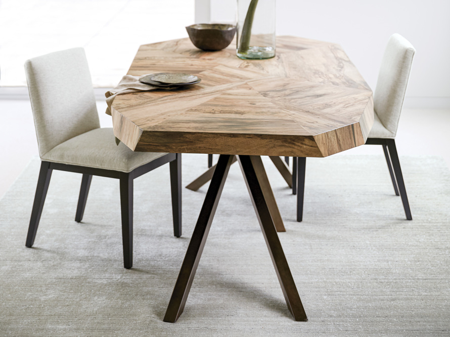 Carrinna Dining Table in Palografico