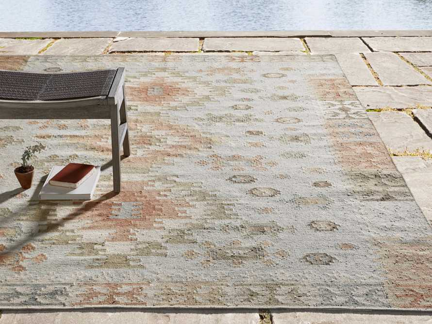 Nakoma Indoor/Outdoor 6' x 9' Rug
