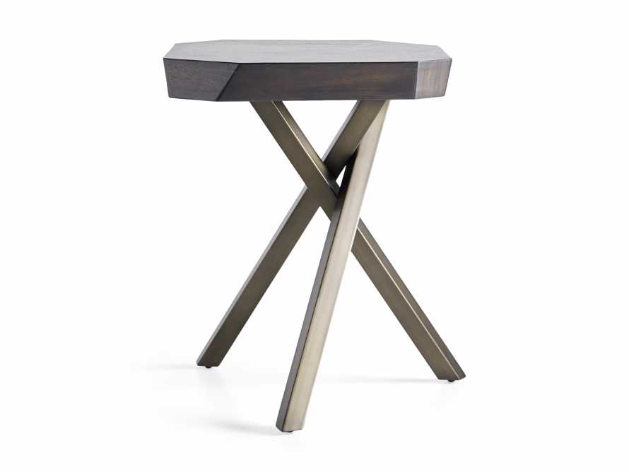 """Carrinna 24"""" End Table in Oscuro"""