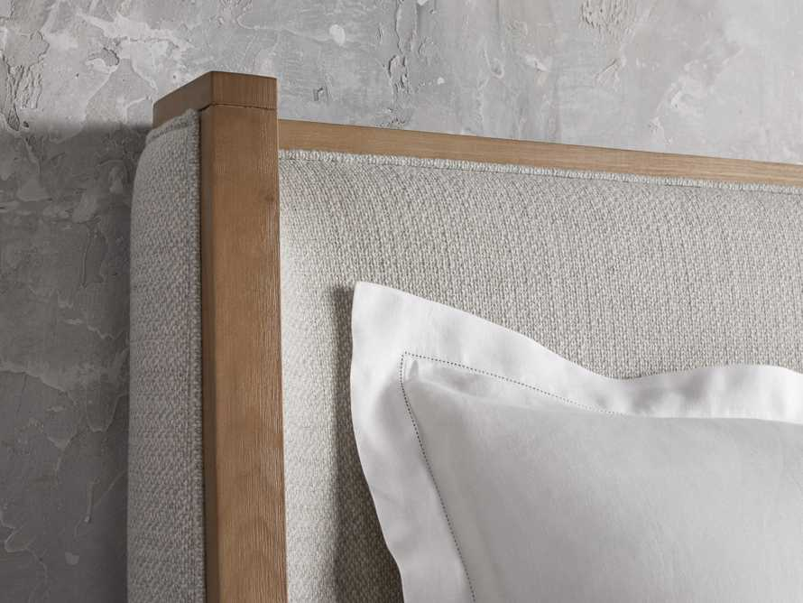 LINC STUCCO WEATHERED QN BED, slide 4 of 5