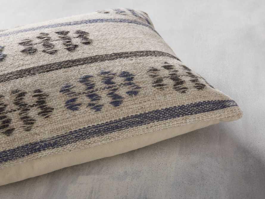 Cabott Pillow, slide 4 of 5