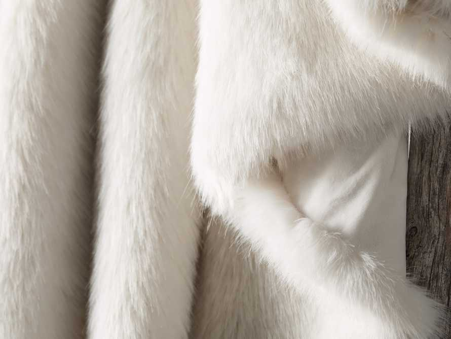 Luxe Faux Fur Throw in Ivory, slide 4 of 4