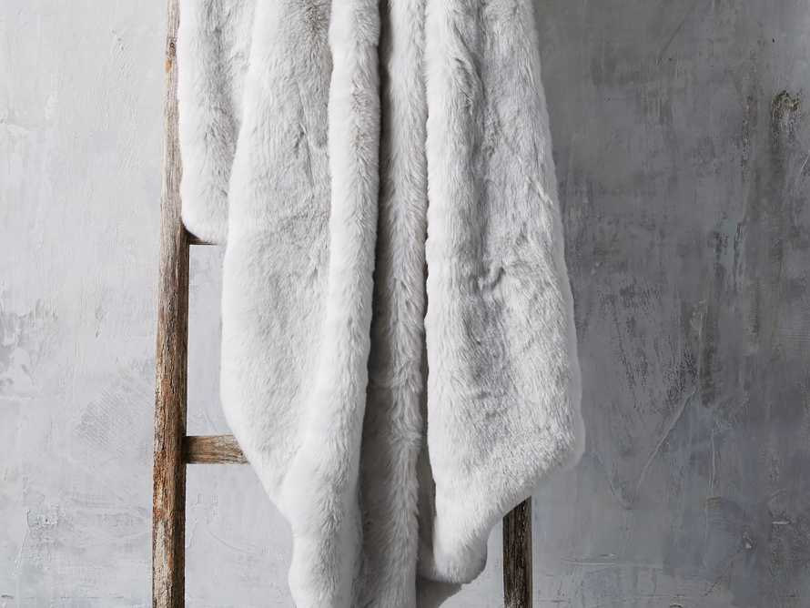 Faux Fur Throw In Light Grey Arhaus
