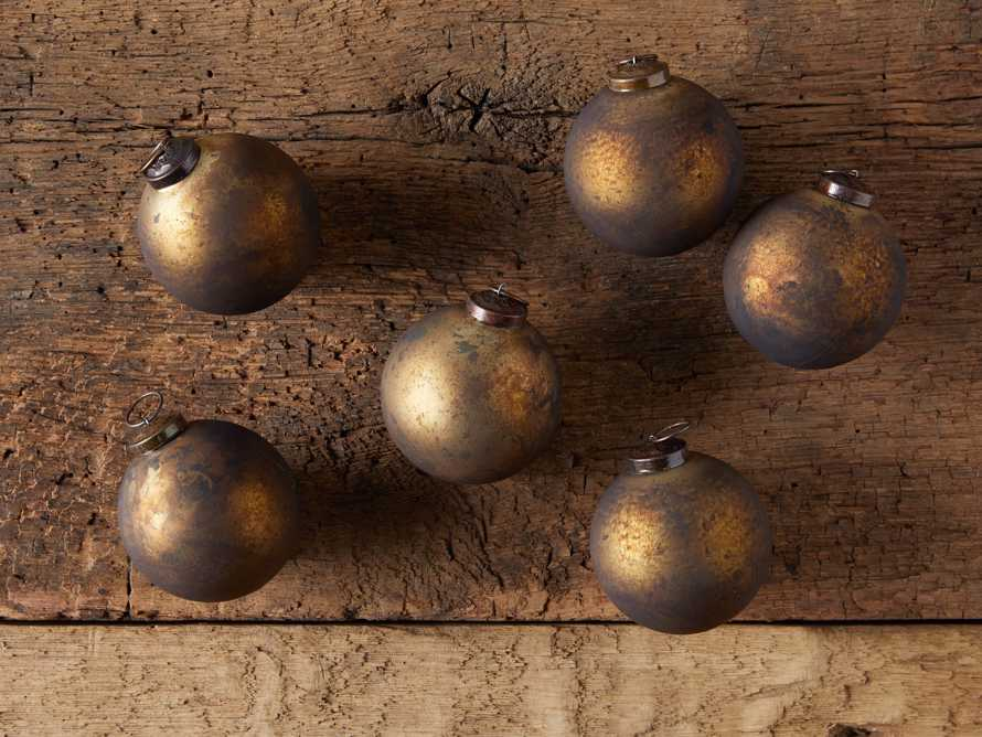 Small Celestial Ornament in Gold (Set of 6), slide 3 of 4