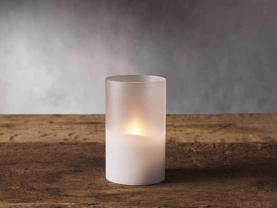Illumaflame™ Candle 3.5X6, slide 1 of 2