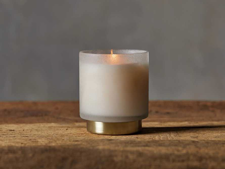 Retreat Small Tobacco Amber Candle, slide 1 of 6