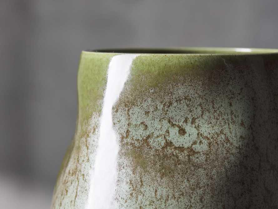 Moss Vase, slide 2 of 4