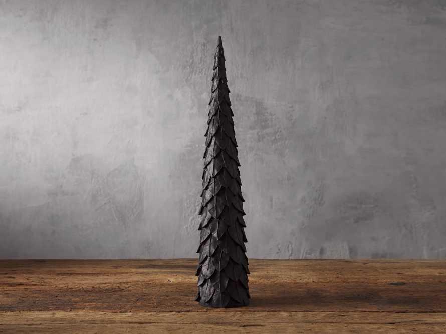 Layered Leaf Tree, slide 1 of 3