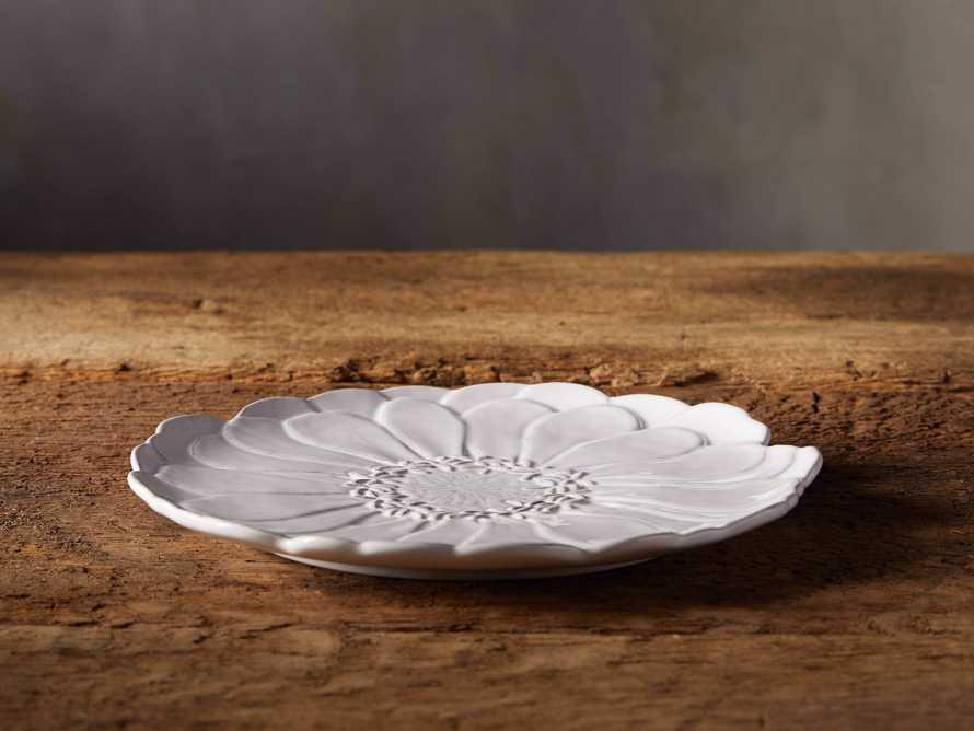 Bloom Medium Plate