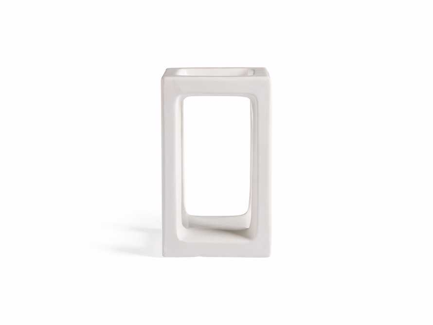 Small Square Pillar Holder