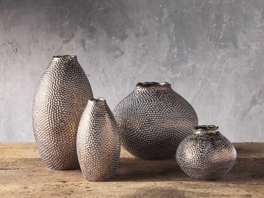 Eva Round Vase in Gold, slide 3 of 6