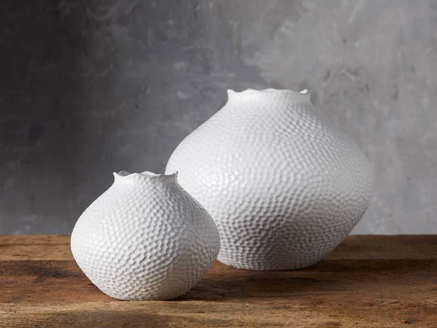 Small Eva Round Vase in White