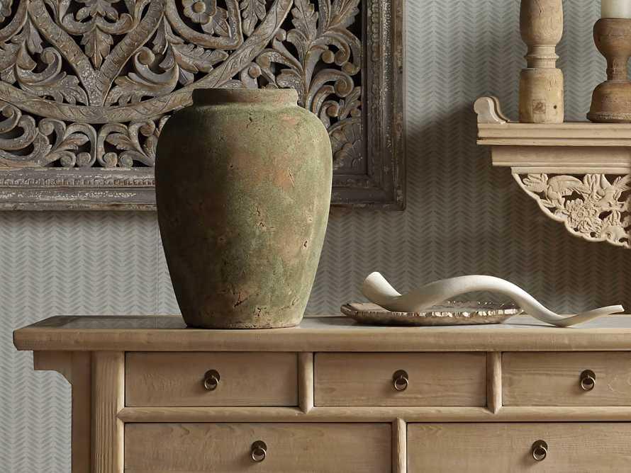 """Amphora 19"""" Vase, slide 4 of 6"""