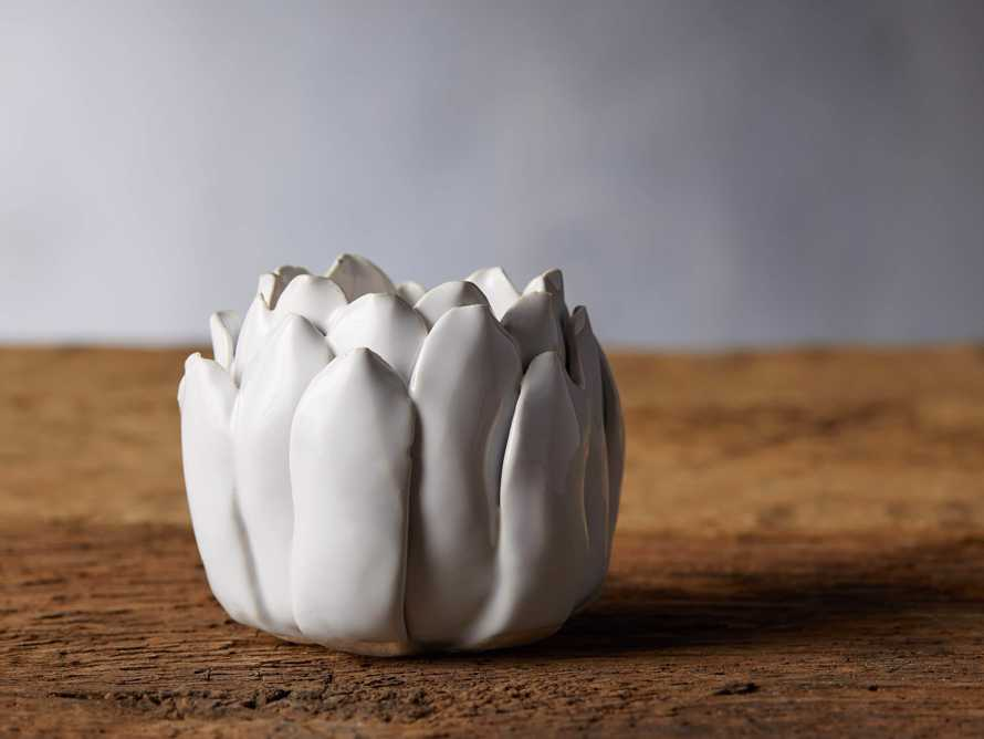 Dahlia Tealight Holder in White