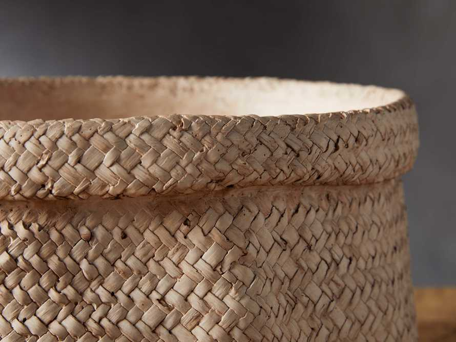 Woven Folded Rim Planter, slide 2 of 5