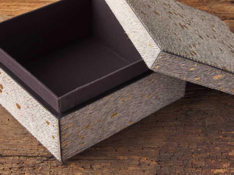 Small Shiloh Box, slide 3 of 4