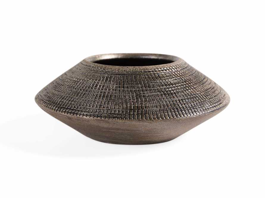 Angle Small Cachepot in Bronze Black Wash