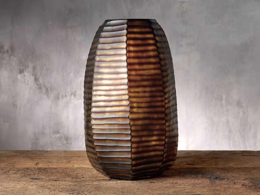 Large Abelia Vase, slide 1 of 3