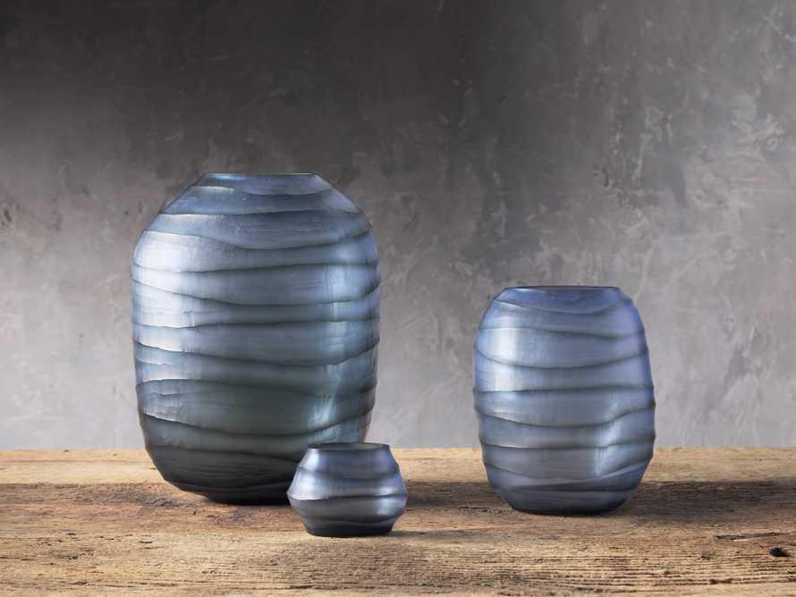 Marella Vase, slide 3 of 3