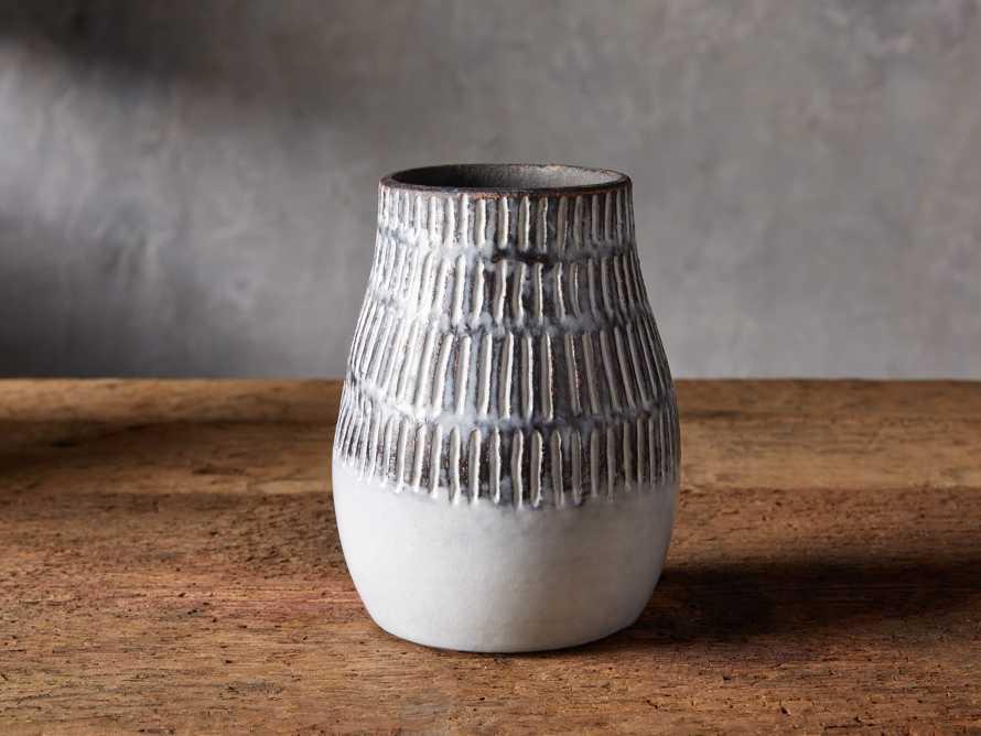 Paros Vase, slide 1 of 7