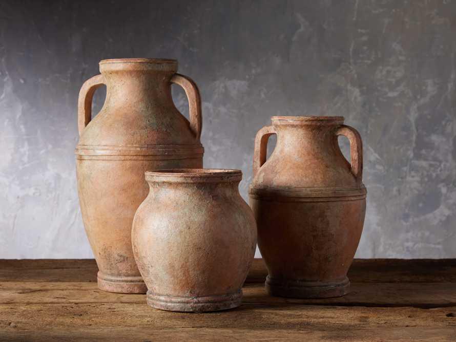 Ravenna Vase, slide 3 of 5