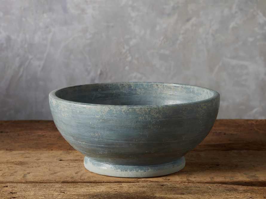 Bowl Aquila, slide 1 of 3