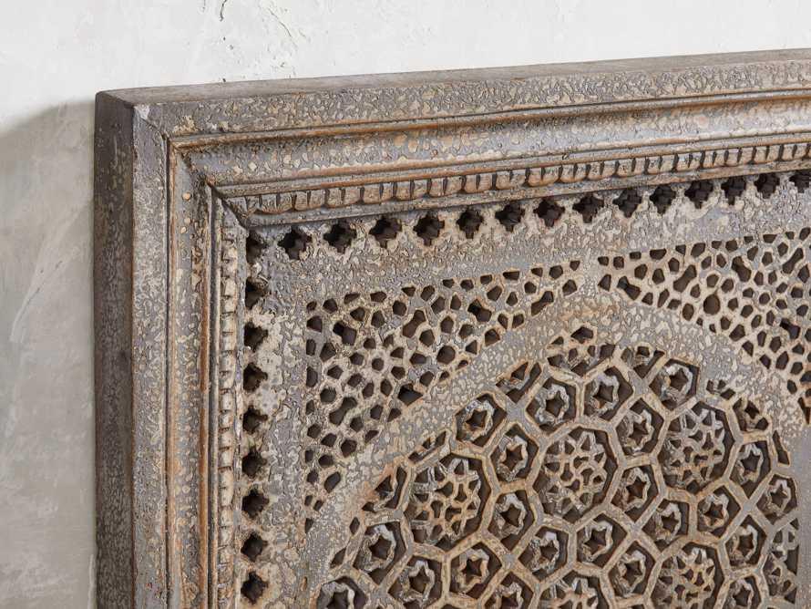 Uma Arch Panel, slide 2 of 6