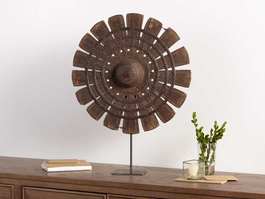 Spinning Wheel On Stand
