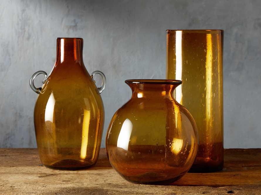 Colima Round Vase, slide 3 of 5