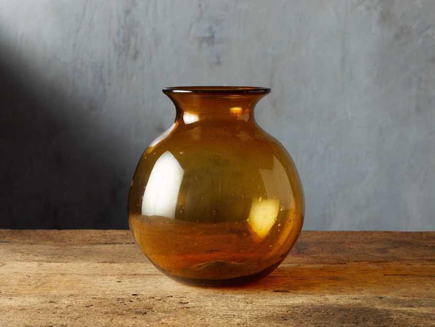Colima Round Vase, slide 1 of 4