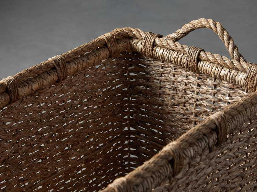 Entry Console Basket, slide 5 of 6