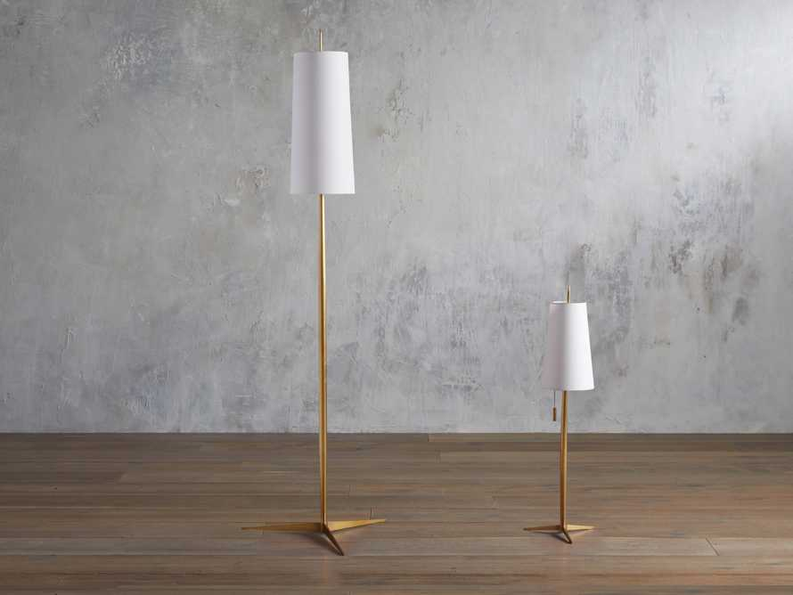 Lancia Table Lamp in Brass, slide 4 of 5