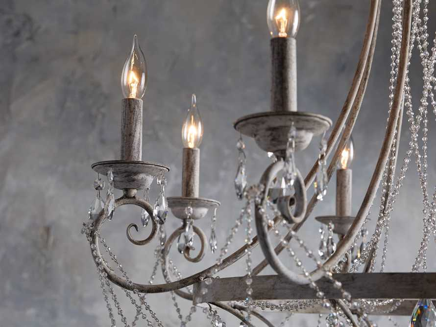 Collier 8 light Chandelier