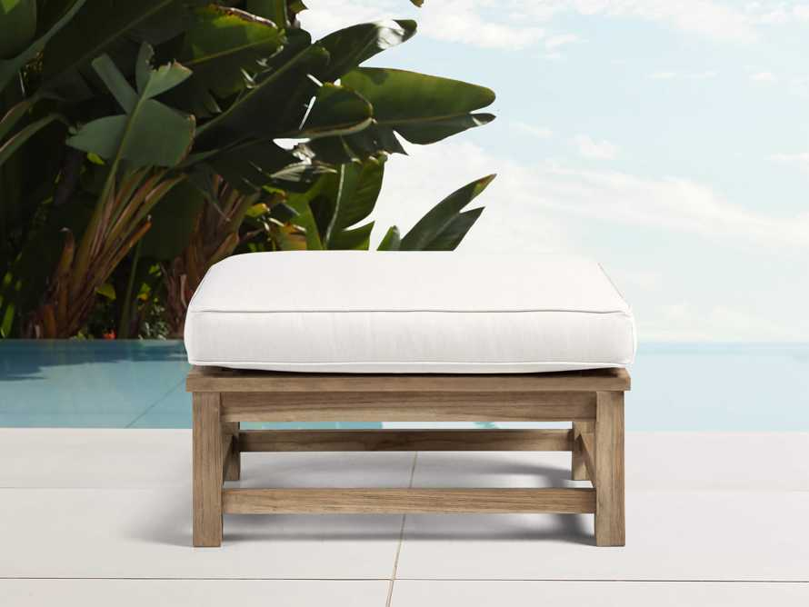 "Hamptons Outdoor 31"" Ottoman"