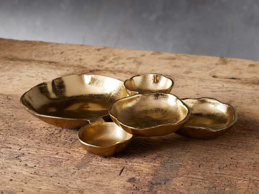 Klasa Small Dark Gold Platter, slide 1 of 4