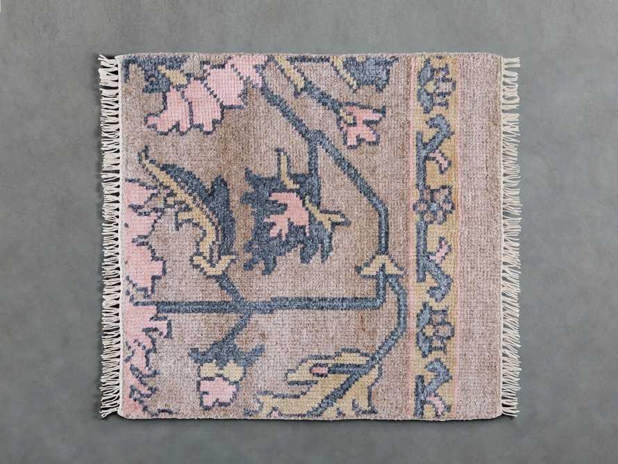 Kinsley rug swatch