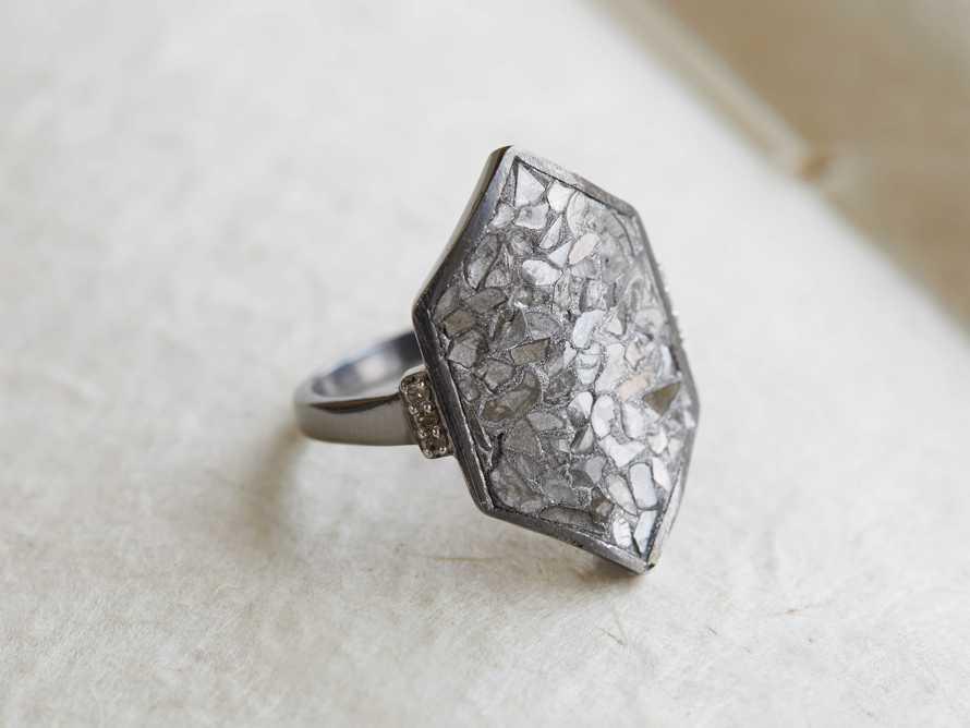 Anahita Ring Size 8