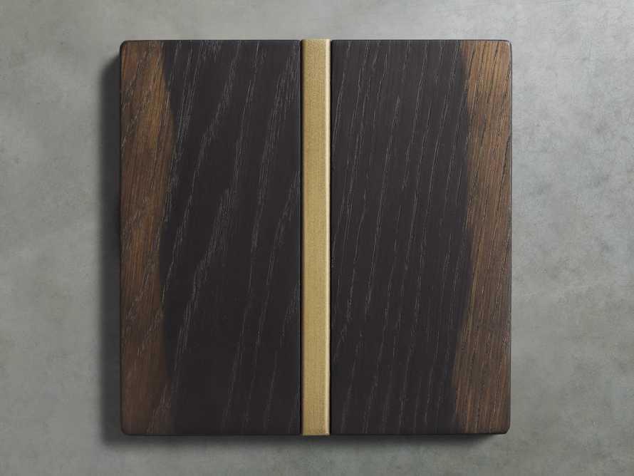 Oak Finish Board in Vin Rosu, slide 1 of 1