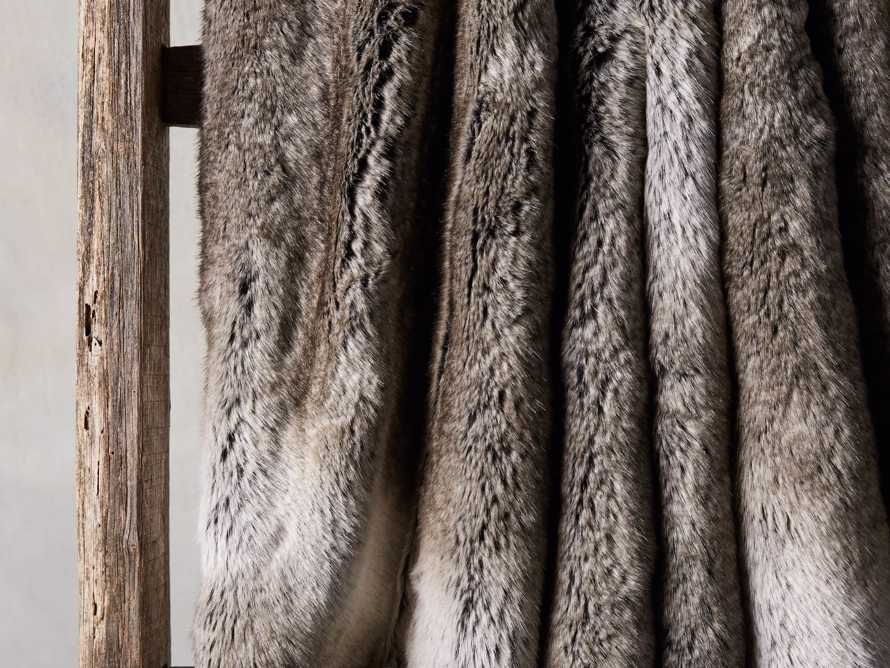 Grey Wolf Faux Fur Throw With Grey Velvet Back